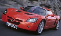 ...ahogy az Opel Speedster is.